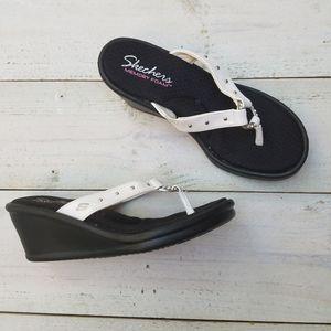 NWT SKECHERS wedge sandals